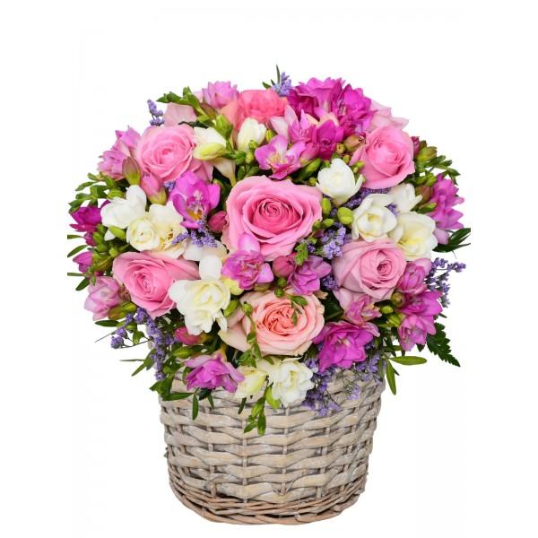 Корзина с цветами 110