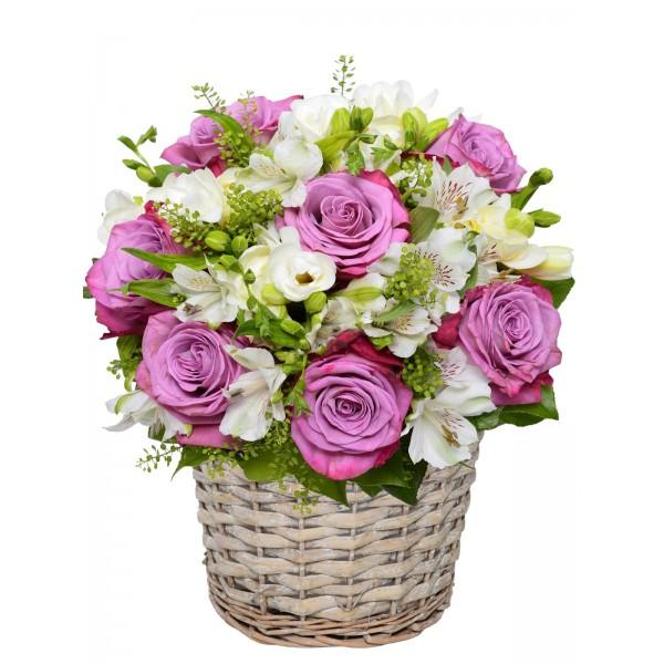 Корзина с цветами 109